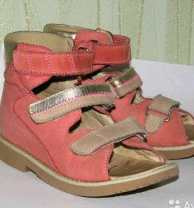 Ортопедические сандалии ortek