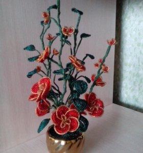 Цветочная композиция из бисера.