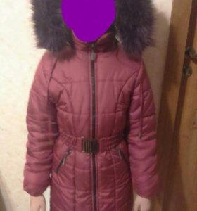 Зимняя куртка на девочку лет 10