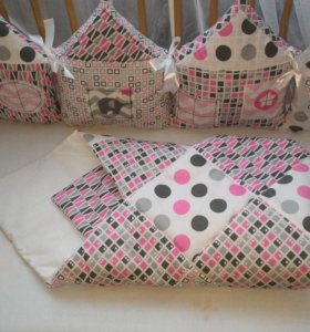 Комплект в кроватку для новорожденной