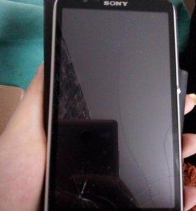 Телефон Sony experia e4