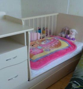 Детская Кроватка-трансформер с маятником.