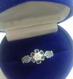 Серебрянное кольцо 875 проба.
