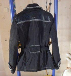 Куртка осенняя размер 46