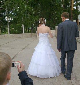 Продам свадебное платье. 44р-р.
