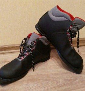 Ботинки лыжные б/у