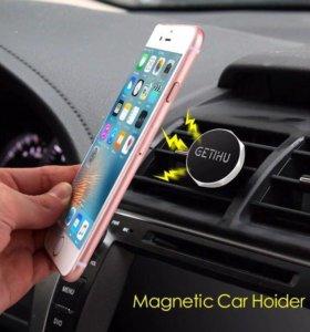 Магнитный держатель на телефон