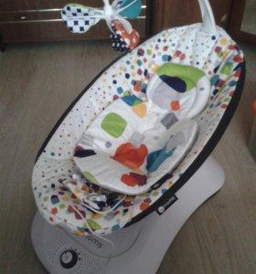Электронные качели 4moms+вкладыш для новорожденных