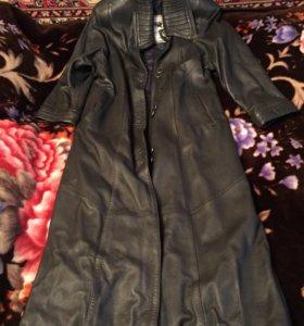 Кожаное утепленное пальто 46-48