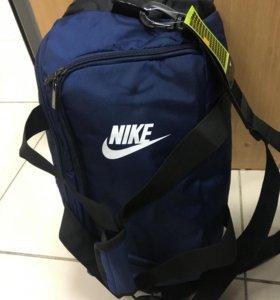 Сумка-рюкзак Nike
