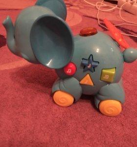 Интерактивная игрушка слон