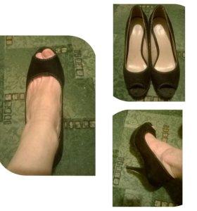 Туфли с открытым носом 39 размер