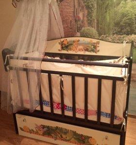 Кроватка и пеленальную столик комод