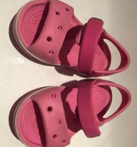 Кроксы сандали