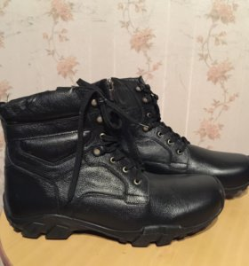 Ботинки мужские тёплые 44 45 размер новые