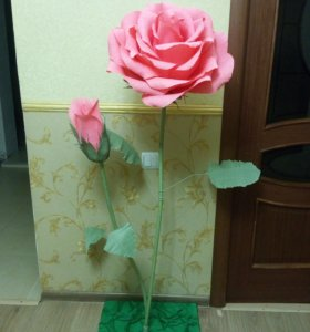 Цветок из гофрированной бумаги.
