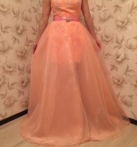 Роскошное вечернее платье. Новое