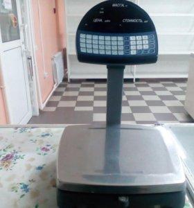 Весы,и кассовый аппарат штртх