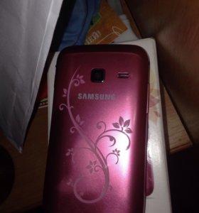 Samsung Galaxy Ace la fleur GT-S6102
