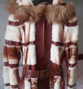 Очень красивая, стильная куртка