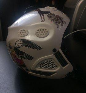 Шлем для горнолыжного спорта