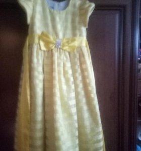 Платье желтое рост 134-140