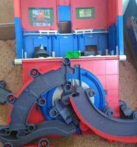 Игрушки паровозики Чаггингтон.