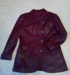 Кожаная куртка р.48-52
