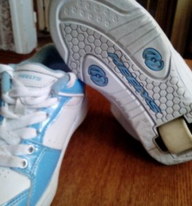Детские кроссовки HEELYS с роликами. Размер 34,5