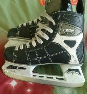 Хокейные коньки