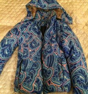 Зимняя,спортивная куртка