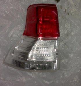 Задний фонарь Toyota.