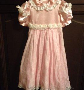 Платье праздничное для девочки 3-4 года