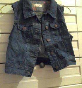 Жилетка джинсовая короткая Sela