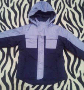 Куртка весна- осень мальчику 3-4 года