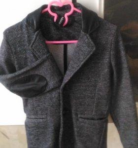 Пиджак фирмы Акула