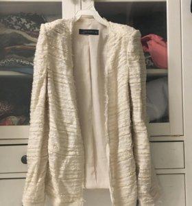 Пиджак/жакет,лёгкое пальто Zara xs