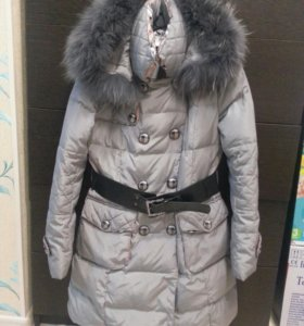 пальто-пуховик с натуральным мехом