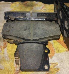 Колодки тормозные передние для TLC 80, Lexus LX450
