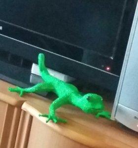 Фигурка ящерицы для дома и сада
