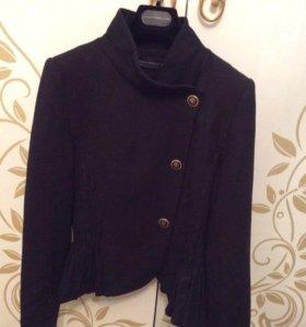 Шерстяной пиджак Zara s 44
