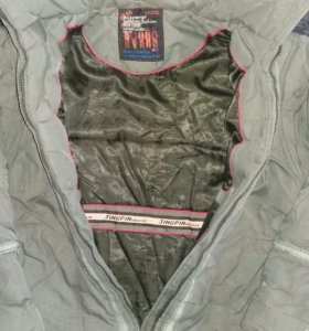 Куртка 9-10 ЛЕТ!