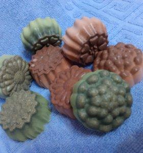 Мыло с розовой и зеленой глиной(делаю я сама)