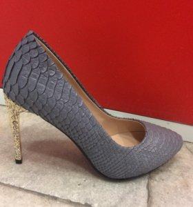 Женские туфли новые