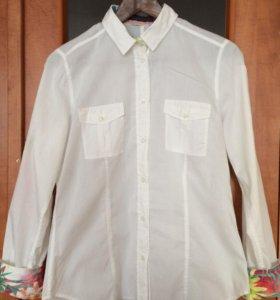 Белая рубашка с цветными манжетами