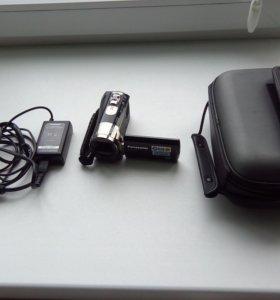 Видеокамера SDR-S70 Panasonic