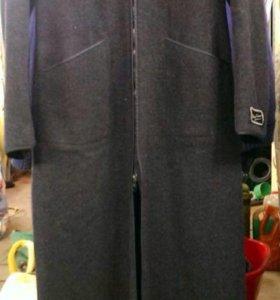 Пальто женское длинное  серое с  капюшоном