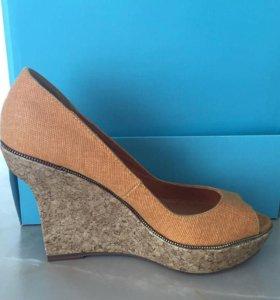Туфли  - новые (!)