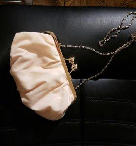 Маленькая персиковая сумочка