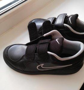 Кроссовки nike новые )черные